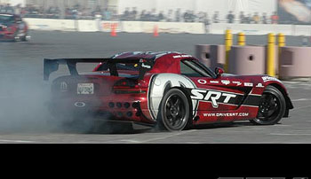 Dodge Viper Drift  on Love It Or Hate It  The Dodge Viper Has To Be One Of The Most